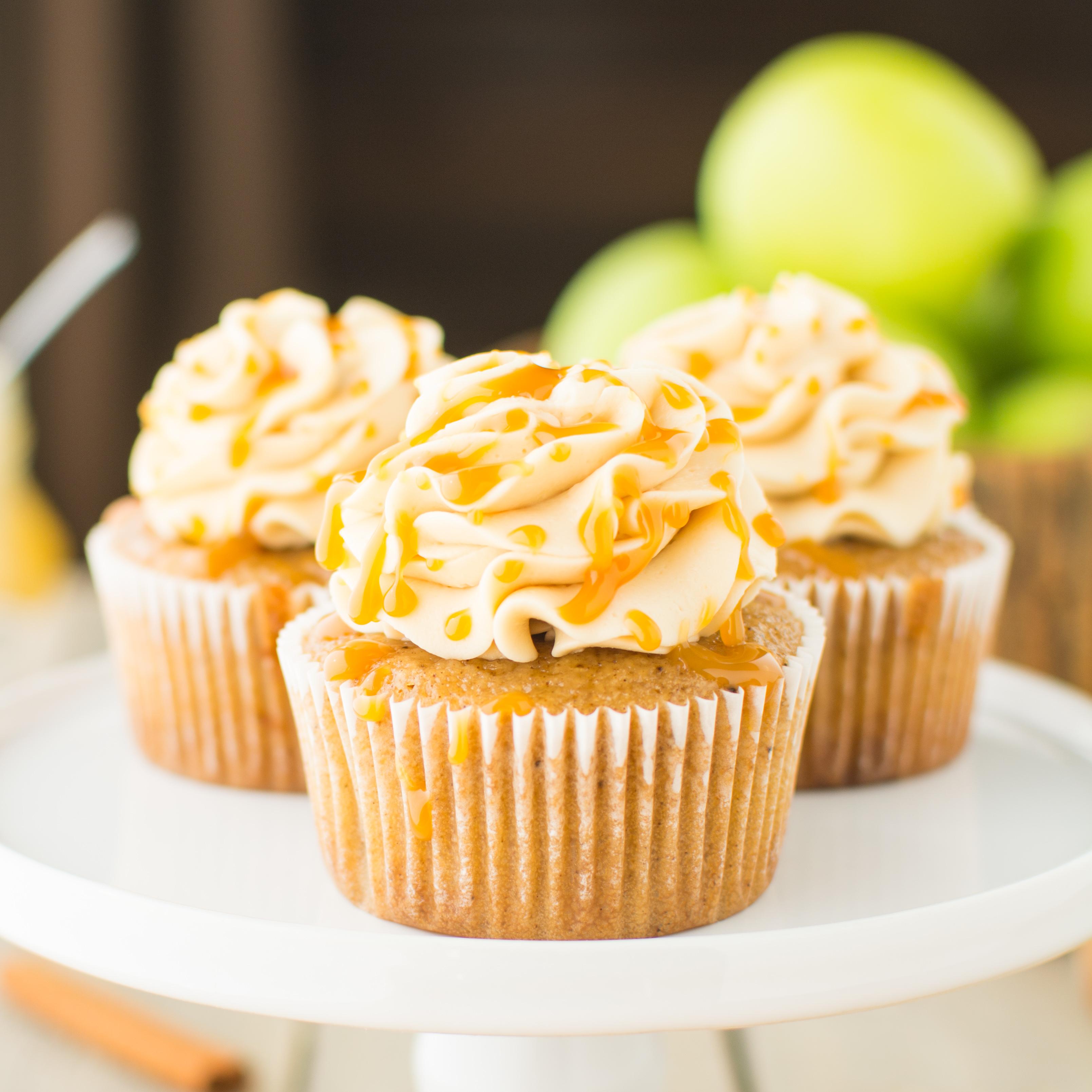 Healthy Apple Cupcakes